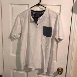 100% cotton broken threads white large tshirt